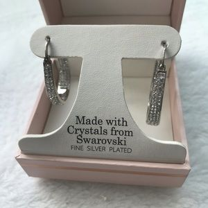 Fancy silver plated earring
